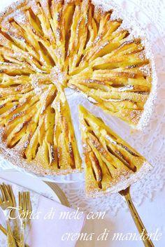 Torta di mele con crema di mandorle | Ricordi e Tradizioni