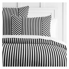 PB Teen The Emily & Meritt Cabana Stripe Duvet + Sham, Twin,... (1,055 MXN) ❤ liked on Polyvore featuring home, bed & bath, bedding, bed accessories, black and white striped duvet, striped duvet, black and white bedding, twin duvet and twin bedding