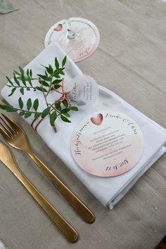 Hochzeitsdeko - Menükarte rund - Hochzeitsmenü - ein Designerstück von Papiergold bei DaWanda