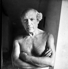 Pablo Picasso...love the flower.