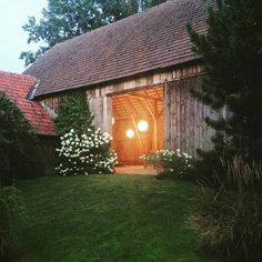 Happy hour in Waldviertel, Austria. Happy Hour, Austria, Cabin, House Styles, Instagram Posts, Home Decor, Homemade Home Decor, Cabins, Cottage