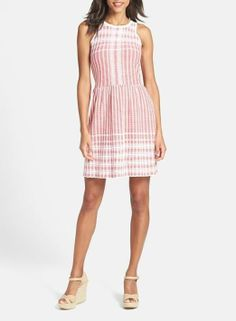 Adorable pink fit and flare dress for a Valentine's Day lunch date.