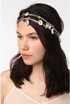 Perfect for the summer hair jewelry!