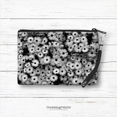 Wristlet bag, clutch, tote, purse, handbag, black and white daisies, floral, spring, summer, gift, CharmingPrints™