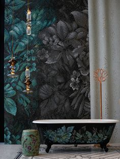 Keha Casa: A celebration of world design through an Indian prism Mosaic Backsplash, Mosaic Tiles, Diy Bathtub, Experience Center, Mosaic Wall Art, Guest Bathrooms, Beautiful Architecture, Floor Design, Contemporary Decor