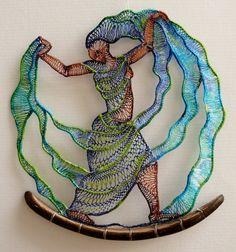 Agnes Herczeg: renda e bordado Lace Art, Wire Art, Sculptures, Art, Artsy, Textile Fiber Art, Needle Art, Textile Artists, Weaving Art
