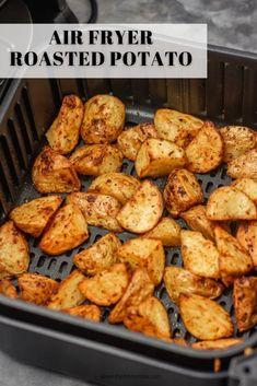 Air Fryer Oven Recipes, Air Frier Recipes, Air Fryer Dinner Recipes, Air Fryer Recipes Potatoes, Air Fry Potatoes, How To Roast Potatoes, Cubed Potatoes, Actifry Recipes, Roasted Potato Recipes