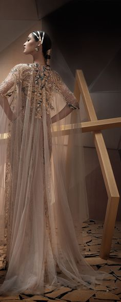 "Charbel Karam ""The Desert Phoenix"", F/W 2017-2018 - Couture - http://www.orientpalms.com/Charbel-Karam-6861"