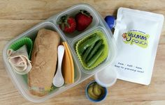 With back-to-school fast approaching, now is the perfect time to look into subscribing to the MOMables lunch menu planning service - . Easy Lunch Boxes, Box Lunches, School Lunches, Lunch Kids, Good Food, Yummy Food, Lunch Menu, Healthy Meal Prep, Kid Friendly Meals