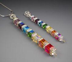 Swarovski crystal chakra Necklace and Bracelet. I love the bracelet. Bead Jewellery, Wire Jewelry, Jewelry Crafts, Beaded Jewelry, Jewelery, Handmade Jewelry, Swarovski Jewelry, Crystal Jewelry, Swarovski Crystals