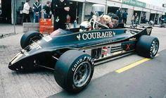 Elio de Angelis, Brands Hatch 1981, Lotus 88 (What a revolutionary alien car, such a shame that the concept could not go far)