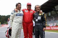 レジェンドパレードで顔を揃えた伝説的F1ドライバーたち