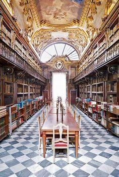 .Biblioteca Riccardiana, Palazzo Medici Riccardi - Via Ginori, Florence, Italy, photo by Massimo Listri.