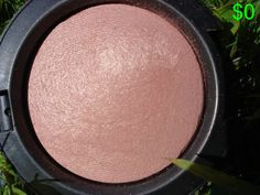 The best blush I've ever used! A perfect rose shade with a hint of gold -mac makeup only now. Kiss Makeup, Love Makeup, Makeup Tips, Hair Makeup, Makeup Ideas, Witch Makeup, Makeup Hairstyle, Scary Makeup, Glitter Makeup