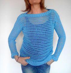 Guarda questo articolo nel mio negozio Etsy https://www.etsy.com/it/listing/569049241/maglione-donna-in-cotone-azzurro-fatto-a