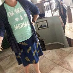 It's a Mermaid kinda day! #howiroe #howiroedtoday #lularoeaddict #simplycomfy…