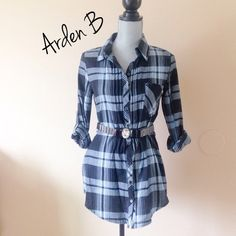 """Coachella Trend • Arden B Plaid Shirt • Arden B • Plaid shirt with foldable arms • I wore it once with some tights underneath and with this belt, it looked super cute • Great condition • no imperfections • XS • 29"""" long • 100% #Cotton • Will include belt as seen in last pic. This belt is included with the shirt. Arden B Tops Button Down Shirts"""