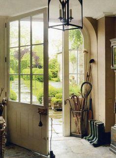 Love love love that door and handle! ~ beautiful entryway