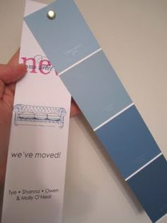 Swoon Style and Home: Paint Chip Moving Cards! New House Announcement, Housewarming Card, Moving Announcements, Paint Samples, Christmas Ad, Helfer, Moving Tips, Moving House, Paint Chips