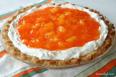 Do you love oranges? Do you love pie? Have you ever considered making an Orange Pie? Peanut Butter Banana Bread, Butter Pecan Cake, Pie Dessert, Dessert Recipes, Jello Pudding Desserts, Just Desserts, Delicious Desserts, Angle Food Cake Recipes, Sweet Pie