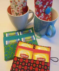 Hoesje voor theezakjes ...kado doen in theetas? Patroon van Fris en Vrolijk