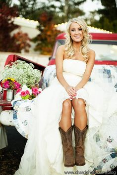 love this! Even if I dont get married in my boots, I still wants a picture with them and my dress on