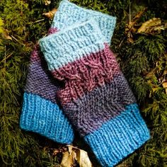 Kelly Aran Mittens Knitting Kit A simple and quick mittens knit kit made using Irish yarn. This knitting pattern makes great use of the four shades in Hedgerow, which are inspired by the berries, blossoms and foilage in the hedgerows in Ireland. Knitting Kits, Free Knitting, Knitting Patterns, Fingerless Mittens, Knit Mittens, Bamboo Knitting Needles, Creative Knitting, Knit Basket, Kits For Kids