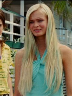 Aquamarine's Hair. I love this movie, and I LOVE her hair