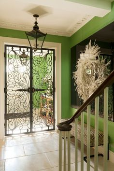 Wrought iron doors are indeed a style from the past. With creativity, you can make your house look more sophisticated with the wrought iron front doors. Iron Front Door, Wood Front Doors, Diy Design, Gate Design, Design Ideas, House Design, Tuscan Dining Rooms, Louise Jones, Haus Am See