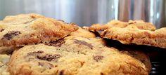 Lekker knapperige chocolate chip cookies. 10 minuten voorbereiden, 15 minuten oven en daarna lekker genieten maar.