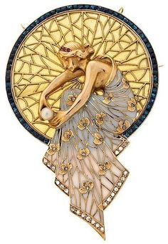 WWW.JEWELQUEEN.NL Art Decó, Art Nouveau joies Posible Masriera (especially the detailed backdrop and folds of the dress. Also like the overall shape, not just a simple circle/oval/etc but one shape laid upon another to create a new form, yet still contained).