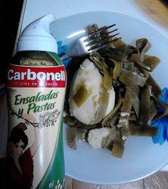 Spray para ensaladas y pastas ¡Ideal para el veranito! Water Bottle, Ice Cream, Desserts, Food, Gourmet, Pasta Salad, Healthy Eating, Tasty, Recipes