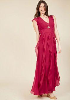 Exquisite Epilogue Maxi Dress in Magenta