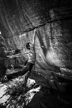 Graham sticking a V9 dyno at the Sassies, an area in Rocklands, South Africa, in June 2012. Photo by Cameron Maier.