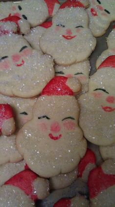 Sparkly Santa cookies...I love these!         Looks like my grandmas cookies we decorated together ;D