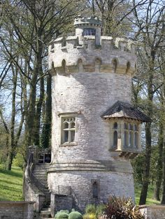 I took a number of pictures of this tower walking round which set of diffent moods. Beautiful Castles, Beautiful Buildings, Beautiful Homes, Beautiful Places, Tower House, Castle House, Tower Castle, Loft Stil, Small Castles