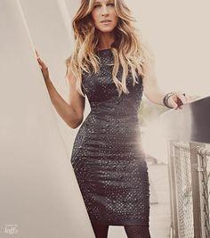 Sara Jessica Parker sofistica Brasil. It's all about the dress!