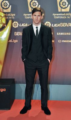 Lionel Messi attends the LFP Awards Gala 2015 on November 2015 in. Lional Messi, Messi Soccer, Nike Soccer, Lionel Messi Barcelona, Barcelona Soccer, Barcelona Spain, Lionel Messi Biography, Messi 2015, Soccer Girl Problems