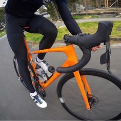 Orange. #miamiridelife #ride #cycling #cycle #cyclist #sport #bicycle #miami #usa # fit #fitness #yoga #sport #gym #athlete #fitnessmotivation #girls #mrlbyrb #bicicleta #bike #girl #boy #велосипед #自行車 #fiets #velo #Fahrrad #bicicletta