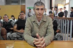 Adalberto Cuello es condenado por el brutal asesinato de su hijastro Tomás. (Télam). Más fotos: http://clarincomhd.tumblr.com/tagged/El-D%C3%ADa-en-Fotos