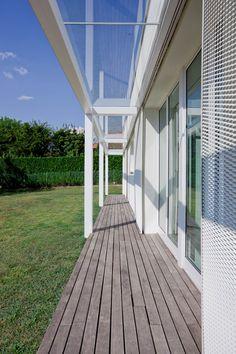 villa mm a biella - Federico Delrosso Architects Villa, Interior Design, Places, Outdoor Decor, Minimal, Home Decor, Style, Nest Design, Swag