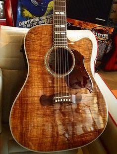 Gibson Songwriter Deluxe EC Koa Guitar Art, Cool Guitar, No Shoes Nation, 12 String Guitar, Gibson Guitars, Beautiful Guitars, Custom Guitars, Art Music, Musical Instruments