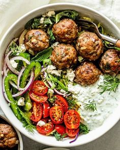 This recipe for flavorful juicy Greek meatballs filled with fresh herbs is a quick and easy recipe that is perfect for a 30 minute weeknight dinner. Beef And Pork Meatballs, Greek Meatballs, Good Healthy Recipes, Lunch Recipes, Salad Recipes, Healthy Meals, Free Recipes, Healthy Food, Thai Crunch Salad