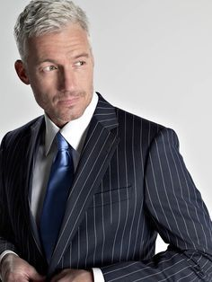 Man oh man. This is how a guy should do gray hair (you still get a good cut) and the suit, tie and shirt with cuffs showing is killing me. Love it. Biddy Craft
