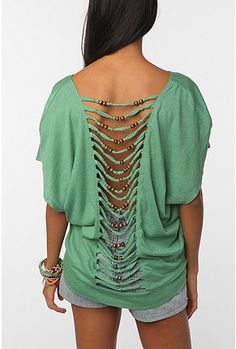 I need to own this top. Like right now. And if you think the back is cool, it's ALSO off the shoulder. So perfect.