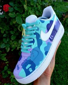 Dbz air force 1 high custom tutorial + custom inspiration air custom dbz force high inspiration tutorial 23 ways to wear a pair of white sneakers brille brille pair sneakers ways wear white Dr Shoes, Cute Nike Shoes, Swag Shoes, Cute Sneakers, Hype Shoes, Shoes Sneakers, Nike Custom Shoes, Customised Shoes, Custom Painted Shoes