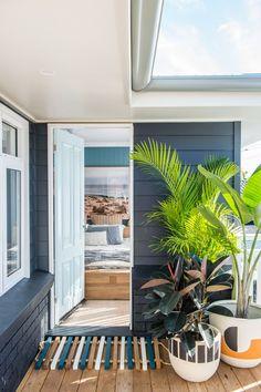 From Brick Box to Timeless Beach House - House Nerd Perth, Surf Shack, Beach Shack, Style At Home, Pintura Exterior, Sydney, Beach House Decor, Home Decor, Beach Cottages