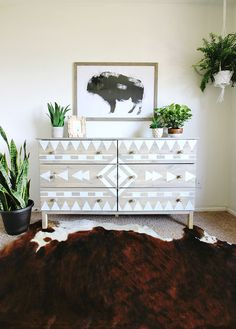 Are you looking for your next DIY project? Check out these pieces of southwest furniture and you decide - to buy or DIY? Spray Paint Furniture, Furniture Makeover, Painted Furniture, Spray Paint Dresser, Refurbished Furniture, Chalk Paint, Bedroom Dressers, Bedroom Furniture, Diy Furniture