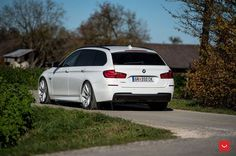 This Austrian located Alpine White BMW 5 Series Touring owner decided to give his car a small facelift.