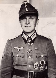 Hauptmann Otto Stampfer received on 23 July 1942 the Knight's Cross as deputy commander of III. /Gebirgsjäger-Regiment 136* of the 2. Gebirgs-Division. The 2. Gebirgs-Division fought in north sector of the Eastern Front in Lapland.